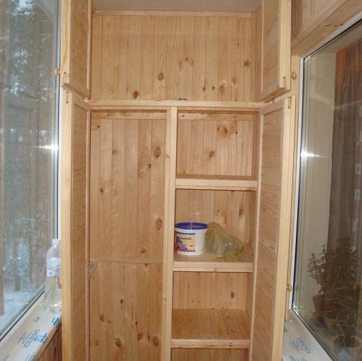 На снимке один из возможных вариантов встроенного шкафа